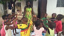 Viele Kinder leben ohne Eltern: Ebola hat Tausende Leben zerstört