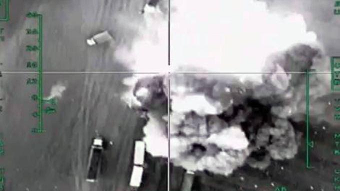 Bilder des russischen Militärs von einem Angriff in Syrien.