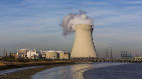 Das Atomkraftwerk Doel in Belgien.