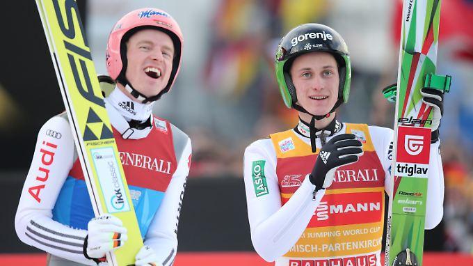 Gute Laune haben sie beide: Severin Freund und Peter Prevc.