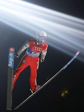 Knackt in Durchgang zwei als Erstes die 130-Meter-Marke: Anders Fannemel.
