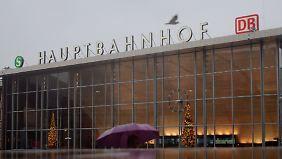 Nur nach und nach werden Details zur Silvesternacht am Kölner Hauptbahnhof bekannt.
