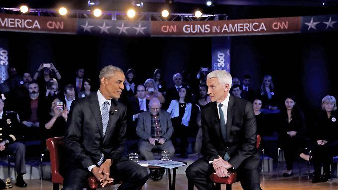 """""""Nicht schwerer, Waffe zu kaufen"""": Obama wirbt im TV für """"maßvolle"""" Waffenkontrolle"""