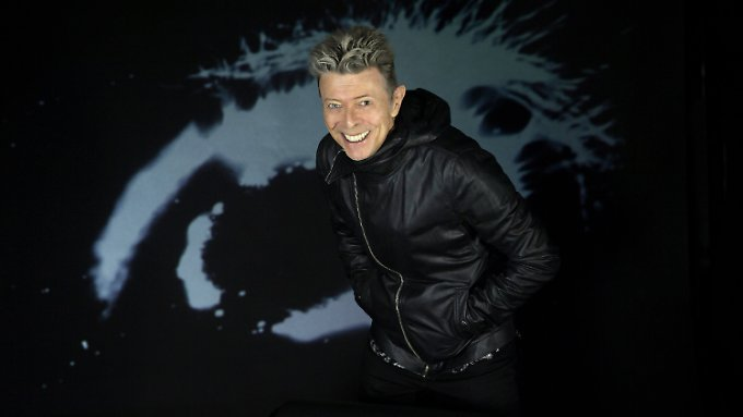 David Bowie denkt noch lange nicht an die Rente: Zum 69. Geburtstag erscheint das 25. Studioalbum des Ausnahmemusikers.