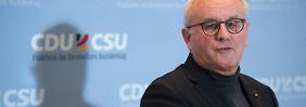 Umstrittene Reformen in Warschau: CDU/CSU droht Polens Regierung mit Strafen