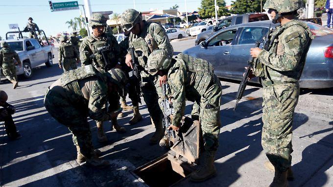 """Wie bei seiner Flucht aus dem Hochsicherheitsgefängnis versuchte """"El Chapo"""" auch diesmal zunächst über einen Schacht zu entwischen."""