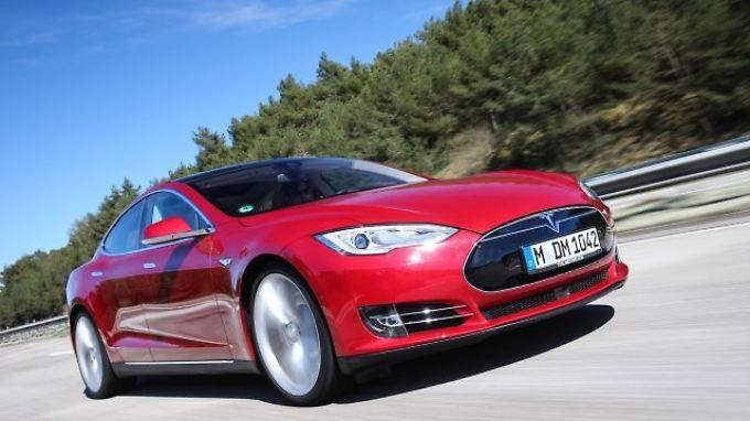 Der Tesla S beherrscht nicht nur den Sprint.