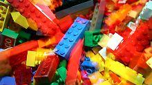 """Steine auch für """"politische Arbeiten"""": Lego lenkt nach Ai-Weiwei-Skandal ein"""