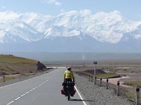 Die Berge von Kirgisistan im Blick.