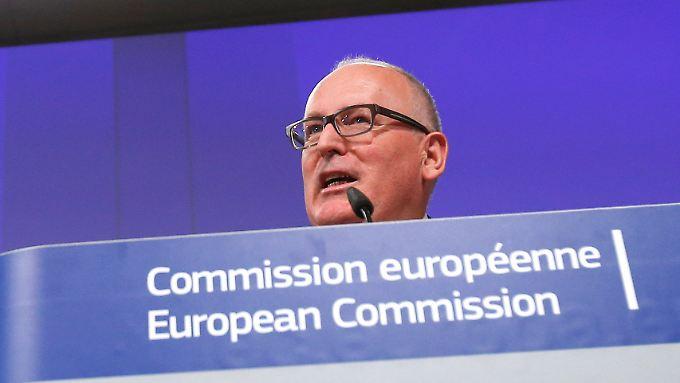 EU-Vizepräsident Timmermans: Die EU will die jüngsten Gesetze in Polen prüfen.