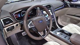 Vor allem im Innenraum wurde der Ford Fusion aufgewertet.
