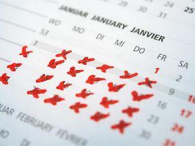 Mal den ganzen Januar Urlaub nehmen: Davon träumen viele - und der Chef kann das gar nicht so leicht ablehnen.