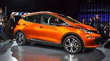 Bereits auf der CES in Las Vegas hatte Chevrolet den neuen Bolt E vorgestellt. Das E-Auto soll eine Reichweite von 320 Kilometern haben ...