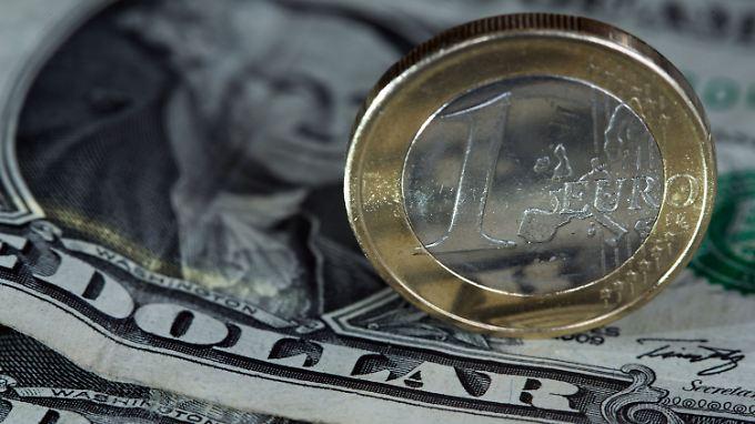 Der Euro kletterte zum Dollar auf ein Dreimonatshoch.