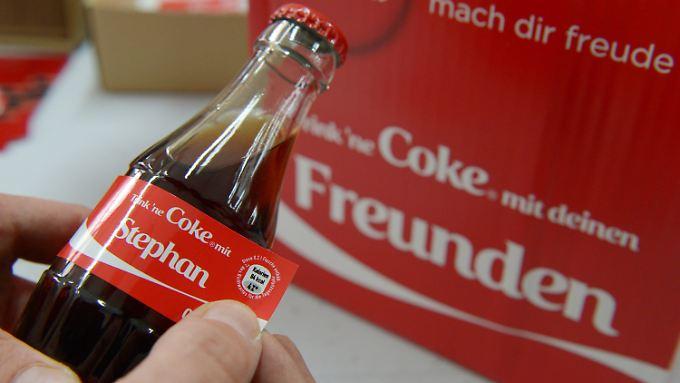 Der Reiz, eine Cola-Flasche mit eigenem Namen zu kaufen, ist hoch.