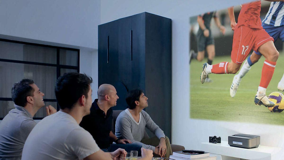 zocken filme und pr sentationen beamer unter 1000 euro. Black Bedroom Furniture Sets. Home Design Ideas