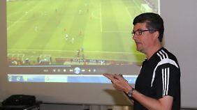 Herbert Fandel will nur noch bis zum Sommer Boss der Bundesliga-Schiedsrichter sein.