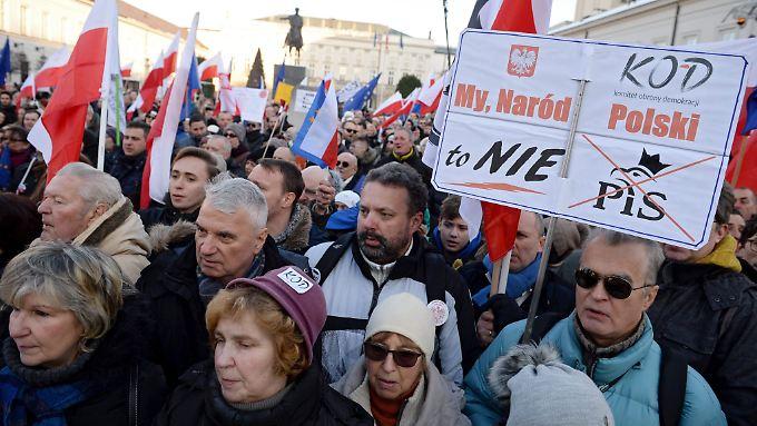 Das KOD hatte in 36 Städten zu Protesten aufgerufen.