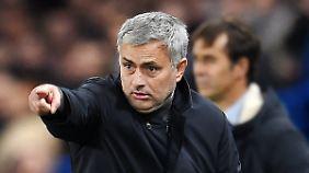 In einer Bewerbung will José Mourinho Mancherster United von sich überzeugen.