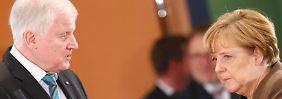 Streit um Merkels Kurs: Seehofer warnt Union vor Wahldebakel