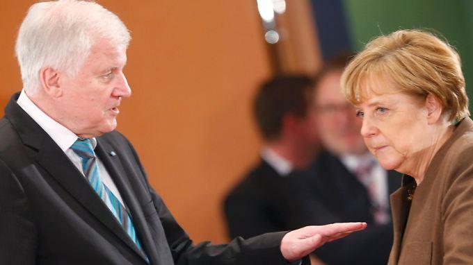 Horst Seehofer und Angela Merkel sind zum Beispiel beim Thema Obergrenze unterschiedlicher Meinung.