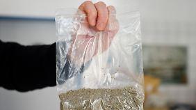"""""""Legal Highs"""" können zu Vergiftungen mit Krampfanfällen, Bewusstlosigkeit und komatösen Zuständen führen."""