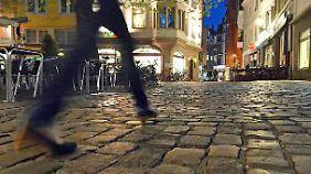 Sexuelle Übergriffe gegen Frauen: Freiburger Klub dementiert Verbot für Flüchtlinge