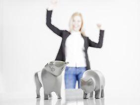 Auf Bulle und Bär setzen: Wer sein Geld an der Börse anlegen will, sollte sich auskennen.