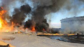 IS-Kämpfer hatten den Hafen Ras Lanuf vergangenen Monat angegriffen. Es kam zu einem Großfeuer.