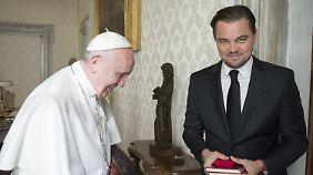 Wer hat hier die Audienz bei wem? Leonardo DiCaprio beim Papst.