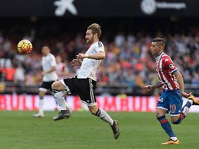 Falsche Richtung: Shkodran Mustafi und der FC Valencia nehmen in Spanien die Abstiegsränge ins Visier.