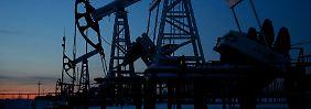 Ölförderung nahe der westsibirischen Stadt Kogalym.