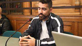 Bushido, hier bei einem Gerichtstermin 2014 als er sich wegen gefährlicher Körperverletzung verantworten musste.