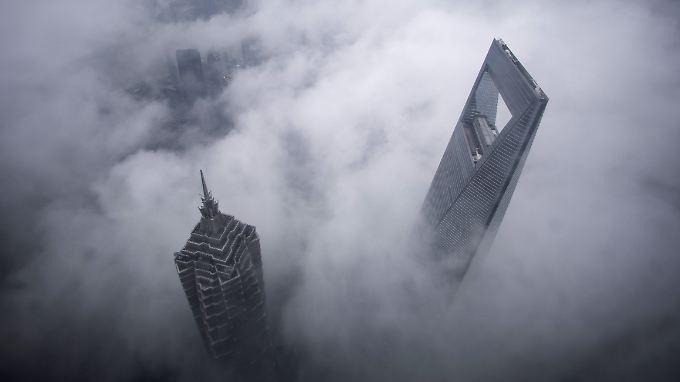 Wolkenkratzer im Zentrum Shanghais.