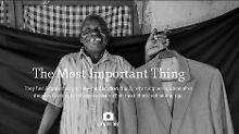 Flüchtlinge zeigen Erinnerungsstücke: Nicht ohne meinen Hammer