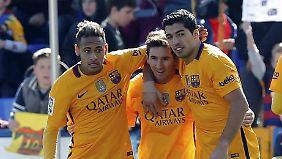 Barcelonas Traumsturm (v.l.) mit Neymar, Lionel Messi und Luis Suarez gelang gegen Levante nur ein mickriges Törchen, zum 2:0-Endstand durch Suarez in der Nachspielzeit.