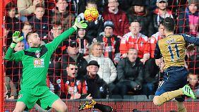 Der FC Bournemouth weiß jetzt: Arsenals Mesut Özil kann nicht nur Tore vorbereiten, sondern auch Tore schießen.