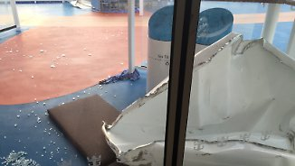 "Dramatische Bilder vom Luxusliner: ""Anthem of the Seas"" gerät in heftigen Sturm"