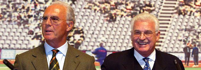 Die WM 2006 haben sie organisiert. Die Frage ist nur, wie: Franz Beckenbauer und Fedor Radmann.