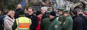 Besuch an der Unglücksstelle: Seehofer zeigt sich tief betroffen