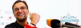 Vier Monate nach seinem Amtsantritt beim FC Liverpool gab Jürgen Klopp seine erste Pressekonferenz auf Deutsch.