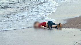 Der sinnlose Tod Aylans wurde zum Symbol einer fragwürdigen Flüchtlingspolitik.
