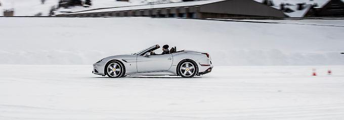 Eine auf den ersten Blick ungewöhnliche Kombination: Ferrari auf der Eisbahn.