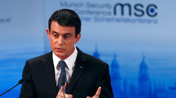 Frankreichs Premier Manuel Valls ist sich sicher: Es wird neue schwere Anschläge des IS geben.