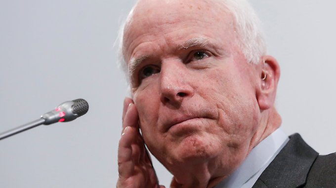 US-Senator John McCain traut Kreml-Chef Wladimir Putin nicht über den Weg.