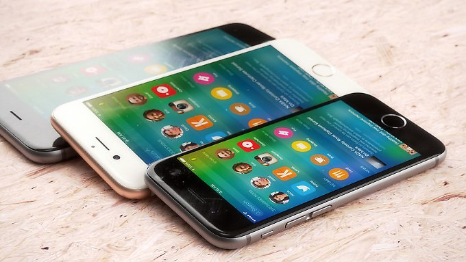 So stellt sich Designer Martin Hajek das neue kleine iPhone vor.
