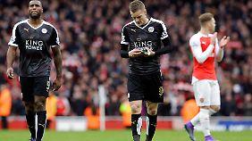 Wes Morgan und James Vardy von Leicester City dürfen sich nach der Niederlage bei Arsenal über eine trainingsfreie Woche freuen.