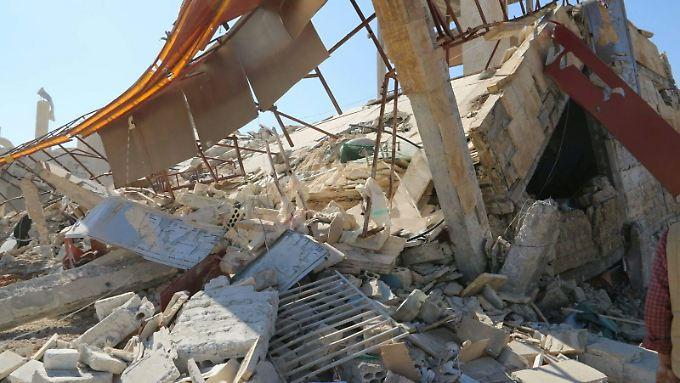 """Mehrere Tote nach Luftangriffen: Assad hält nichts von Waffenstillstand mit """"Terroristen"""""""