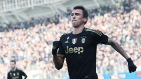 Juve scheint mit Mario Mandzukics Leistung wenig glücklich zu sein.