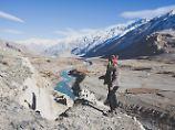 Yvonne Zagermann auf ihrer Reise in Tajikistan - für sein ein ganz besonderer Ort.